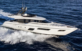 Ferretti Yachts 700 New
